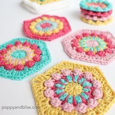 Merry-Go-Round:  1 Motif – 2 Ways from Poppy and Bliss - these crochet flower motifs would look great worked into an afghan!