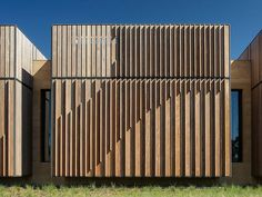 architecture facade timber results - ImageSearch Building Exterior, Building Facade, Building Design, Wood Architecture, Architecture Details, Chinese Architecture, Futuristic Architecture, Facade Design, Exterior Design