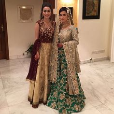 Beautiful bride #ManeshahKassim absolutely breathtaking in #Elan ❤️with her sister Natalia in #SaniaMaskatiya ✨last night at her mendhi✨ #bridalgoals #farishah @elanofficial @saniamaskatiya