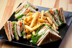 How to make Classic Club Sandwich Home Cooking CFKO Easy Club Sandwich sandwich at home Club Sandwich Recipes, Chicken Sandwich Recipes, Gourmet Burgers, Slow Food, Homemade Cakes, Food To Make, Breakfast Recipes, Food Photography, Easy Meals