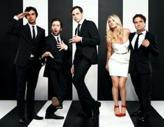 The Big Bang Theory cast posing like Blondie in Parallel Lines