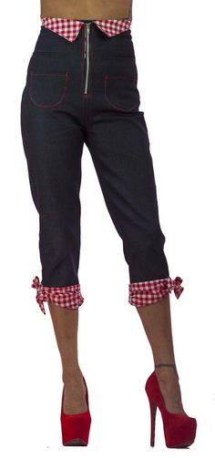 Trash Monkey ** Bettie Rizzo - Red Gingham High Waist Red Bow Capris