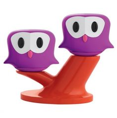 This adorable salt and pepper owl duo sits on a magnetic branch, watching over mealtime. How fun!!!