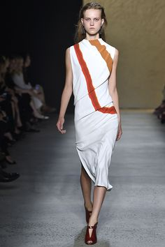 Narciso Rodriguez Spring 2016 Look 18