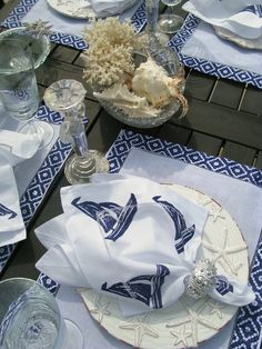 Everything Coastal....: Beside the Sea Tablescapes