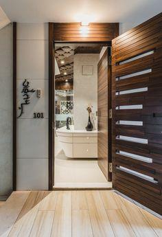 trendy ideas for garage door design modern architecture Door Design Interior, Foyer Design, Apartment Entrance, Modern Garage Doors, Home Entrance Decor, Door Design Modern, Garage Door Design, Stairs Design, Front Door Design