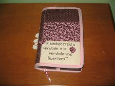 Capa Bíblia | Artesanatos e Mimos By Teresa e Juliana Bega | Elo7