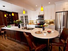 The kitchen decorating experts at HGTV.com share 20+ party-perfect kitchens that are ready to entertain crowds big or small.