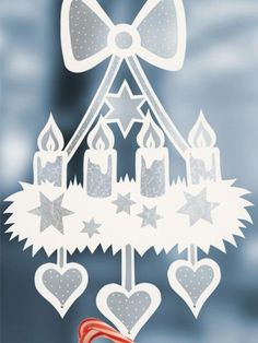 fensterdeko weihnachten Craft ideas: window pictures for Christmas Christmas Arts And Crafts, Decoration Christmas, Diy And Crafts, Christmas Wreaths, Christmas Crafts, Christmas Ornaments, Navidad Simple, Navidad Diy, Christmas Mood
