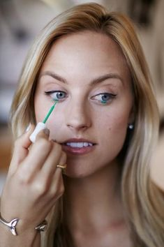 4 DIY eyeliner looks that will make your eyes pop! (photos by Aeschleah DeMartino)