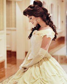 Precious princess Belle is so lovely in HKDL. ( for PC) Princess Photo, Princess Belle, Disney Cosplay, Belle Cosplay, Belle Costume, Disney Dream, Disney Magic, Princess Aesthetic, Belle Aesthetic