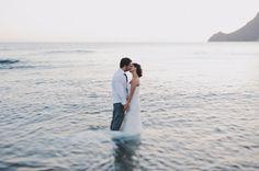 Sesion post boda en la playa. Postboda en Almeria. Fotografo de bodas en Málaga y Almería. #Wedding #photographer #boda #bodas #playa #Almeria #PedroBellido