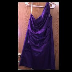 David'S Bridal Plum One Shoulder Bridesmaid Gown