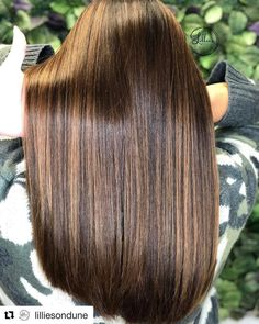 Color Wow's award winning Dream Coat seals your hair against moisture & gives you the sleekest, silkiest, smoothest hair you've ever had. Brown Straight Hair, Honey Brown Hair, Long Black Hair, Thin Hair, Curly Hair, Short Hair, Brown Hair Balayage, Blonde Hair With Highlights, Brown Blonde Hair