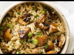 Oven Baked Mushroom Rice - buttery, garlicky, golden brown juicy mushrooms and fluffy rice, all made in one pan in the oven! Side Dish Recipes, Rice Recipes, Cooking Recipes, Cooking Rice, Recipies, Party Recipes, Cooking Ideas, Food Ideas, Vegetarian Chicken