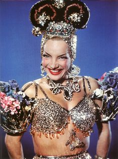 "Carmen Miranda in publicity photo for the film ""Copacabana"" Carmen Miranda, Golden Age Of Hollywood, Old Hollywood, Classic Hollywood, Hollywood Jewelry, Brazilian Samba, Brazilian Girls, Divas, Photo Vintage"