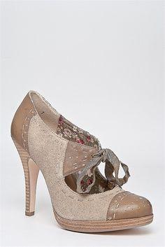 Seychelles - Undercover High Heel Shoe - Tan Suede