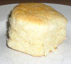 Mama's Biscuits Recipe --as easy as they are good!  Only 6 ingredients and 20 minutes for homemade #biscuits!