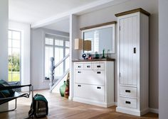 Garderobe Clement Set 7 Holz Akazie Weiß 20856. Buy now at https://www.moebel-wohnbar.de/garderobe-clement-set-7-holz-akazie-weiss-20856.html