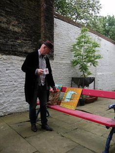 Bob & Roberta Smith - Cuppa pre - Art Party Conference photo shoot. photo: Karen Thompson (The Art party Conference)