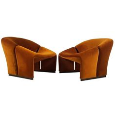 Early Pair of French Lounge Chairs by Pierre Paulin for Artifort | 1stdibs.com