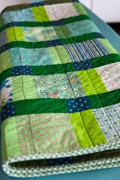 Disappearing nine patch spring quilt - Cassandra Madge
