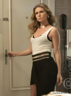 Atena (Giovanna Antonelli) A regra do jogo