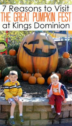 Saturdays and Sundays from September 24 through October 30 from 12pm to 5pm, you'll find the Great Pumpkin Fest inside the park's Planet Snoopy kids' area. The event includes Halloween-themed live shows, Sally's Pumpkin Painting Patch, Franklin's Scarecrow Hollow, Pig Pen's People Washer, a petting zoo, and so much more! AD #KDFirstTimer