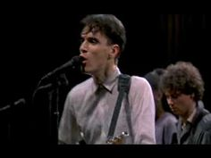 This is so freakin' funky! Talking Heads - Burning Down The House (Stop Making Sense)