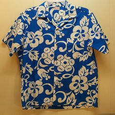 Lei O Hawaii Sportswear Floral Shirt Blue White Hawaiian Mens Button Down Front #LeiOHawaii #ButtonFront
