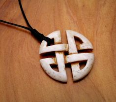 Beautiful and amazing Celtic Cross bone carving. by carvingbone World Of Wearable Art, Bone Crafts, Perfect Glass, Wooden Jewelry, Wooden Necklace, Celtic Designs, Bone Carving, Whittling, Schmuck Design