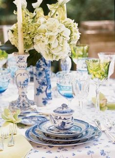 Mottahehdeh blue and white china and white hydrangeas