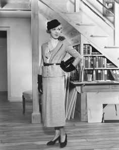 """1934 This houndstooth ensemble just screams """"step into my office."""""""