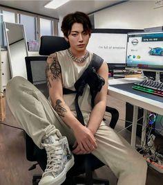 Foto Jungkook, Jeon Jungkook Hot, Jungkook Fanart, Jimin Jungkook, Estilo Bad Boy, Mode Kpop, Foto Casual, Jeon Jeongguk, Bts Korea