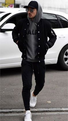 Don't you love this casual street style outfit? Sweatpants, bomber jacket, sweat… Don't you love this casual street style outfit? Sweatpants, bomber jacket, sweatshirt and the white sneakers are the perfect combination! Winter Outfits Men, Stylish Mens Outfits, Men Fashion Casual, Casual Clothes For Men, Cool Outfits For Men, Mens Casual Jackets, Men's Spring Outfits, Jackets For Men, Mens Winter Fashion Trends