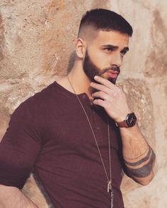 33 trending beard styles for men 10 Trending Beard Styles, Beard Styles For Men, Hair And Beard Styles, Hair Styles, Perfect Beard, Beard Love, Beard No Mustache, Moustache, Tapered Beard