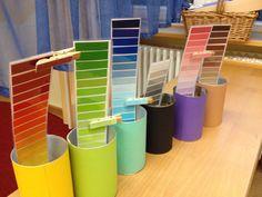 Montessori mit/für Kinder/n. Farben erkennen und zuordenen.  Mit Wäscheklammern.  RegenbogenFarben.  Kindergarten. Auch für kleine Kinder.