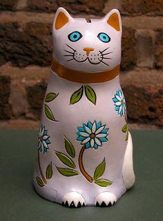 Cat Piggy Bank, Cat Flowers, Money Box, Flower Power, 1970s, Arts And Crafts, Piggy Banks, Japan, Retro