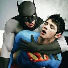 """batman and superman gay""的图片搜索结果"