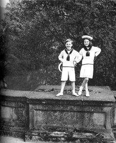 Norman Parkinson: Peregrine Andrew Morny Cavendish, Marquess of Hartington; Lady Emma Tennant (née Cavendish), 1952