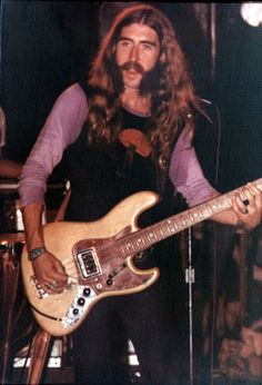Hittin' The Web with the Allman Brothers Band Allman Brothers, Blues Artists, Music Artists, Rock N Roll Music, Rock And Roll, Berry Oakley, 60s Music, Music Icon, The Jam Band