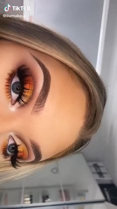 Cute Makeup Looks, Makeup Looks Tutorial, Makeup Eye Looks, Eye Makeup Steps, Eye Makeup Art, Colorful Eye Makeup, Crazy Makeup, Skin Makeup, Makeup Inspo