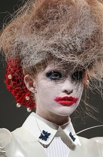 Insane. Elizabethan. Clowns. | 48 Wild, Uncensored Moments From The Second Half Of New York Fashion Week