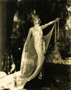 """Mae Murray in a publicity shot for """"The Merry Widow"""" (1925)"""
