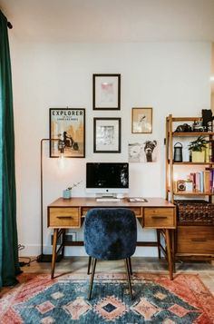 Home Office Essentials For Today's Modern Living ., Home Office Essentials For Today's Modern Living decor. Living Room Designs, Living Room Decor, Bedroom Decor, Wall Decor, Living Rooms, Paint Decor, Ikea Bedroom, Desk In Living Room, Quirky Living Room Ideas