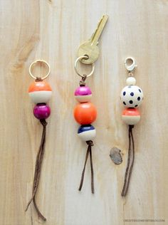 DIY Key Fobs + Bag Charms, A Darby Smart Challenge - DIY Crafts