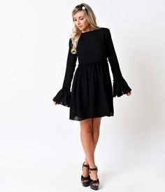 Have you mod your rounds yet, gals? The Bradley is a polished 1960s mod dress style complete in a sleek black chiffon in a subtly sheer,…