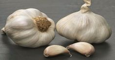 How To Fix The 1 Mistake Most People Make When Cooking With Garlic