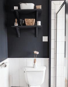 17 Small Bathroom Shelf Ideas 2019 dark gray bathroom shelf The post 17 Small Bathroom Shelf Ideas 2019 appeared first on Bathroom Diy. Dark Gray Bathroom, Dark Bathrooms, Modern Bathroom, Bathroom Ideas, Bathroom Vanities, Parisian Bathroom, Bathroom Plants, Bathroom Cabinets, Bathroom Remodeling