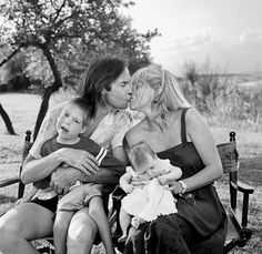 Neil Young with his wife Pegi, and their children at Willie Nelson's ranch, 1984.